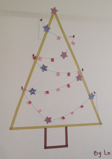 masking tape un arbre de noel diy. Black Bedroom Furniture Sets. Home Design Ideas