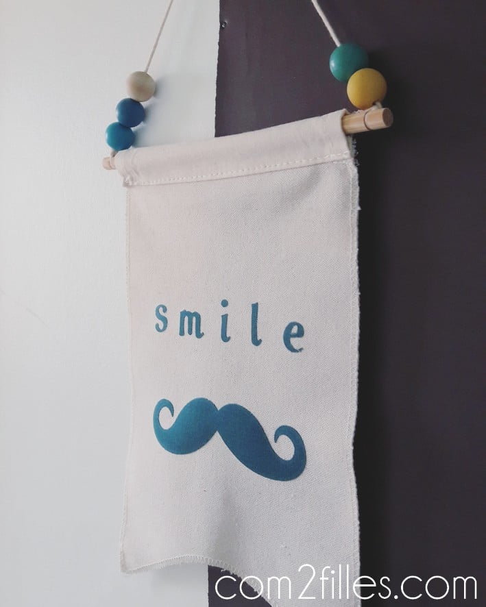 tissu thermocollant - toga - smile - moustache
