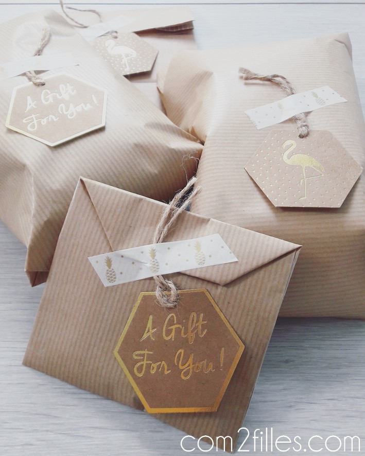 Noel - paquet cadeaux - kraft, gift tag, masking tape