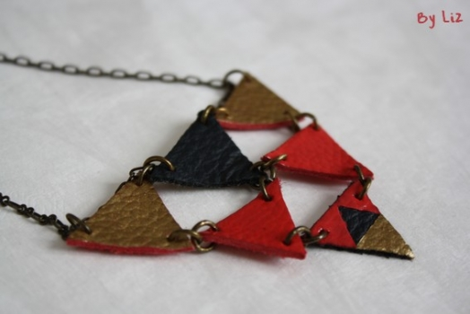 collier_triangles1
