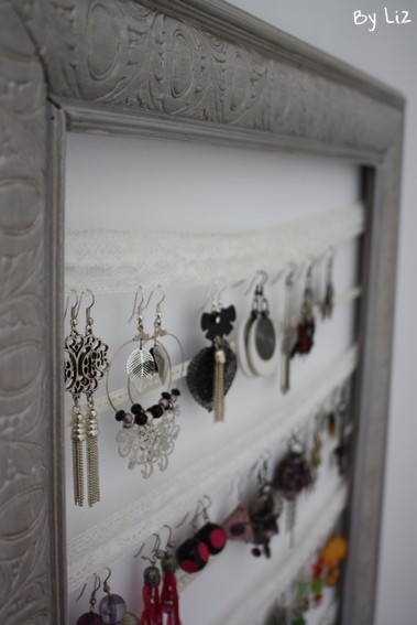 diy un porte boucles d 39 oreilles tout en dentelle. Black Bedroom Furniture Sets. Home Design Ideas