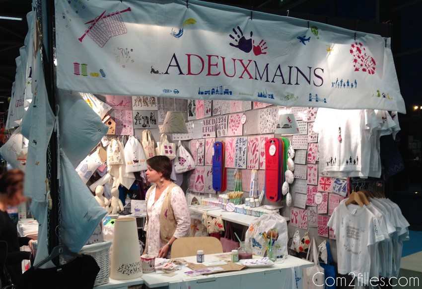 Stand-adeuxmains